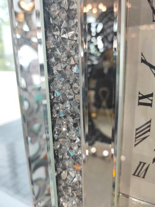 Zegar Alviano ścienny z kryształkami i dużym cyberblatem