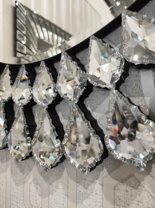 Lustro okrągłe Marsylia z ozdobną ramą pod postacią kryształów